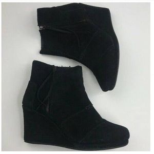 Toms black wedges size size 8